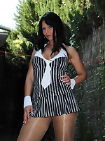 Smoking hot gangsta girl wearing some pantyhose and chilling outside. She dances and takes it all off so you can see her awesome body