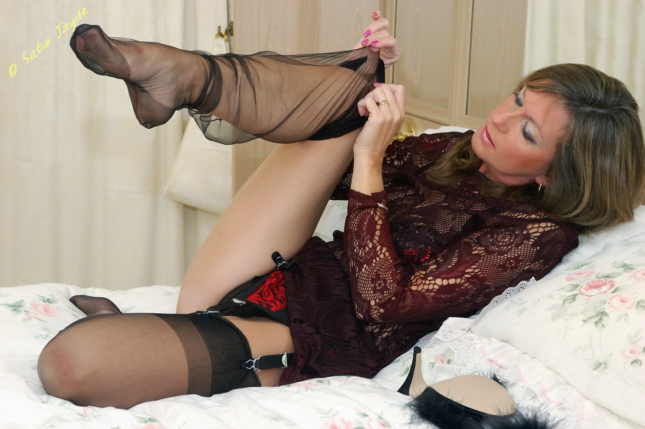 Think, that mature pantyhose suck toes good information