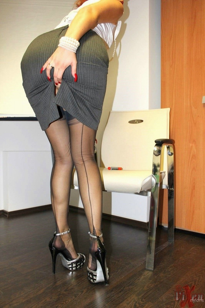 nude mature wives jpg 422x640